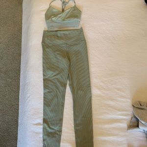 All yoga bra and leggings set - bra XS leggings M